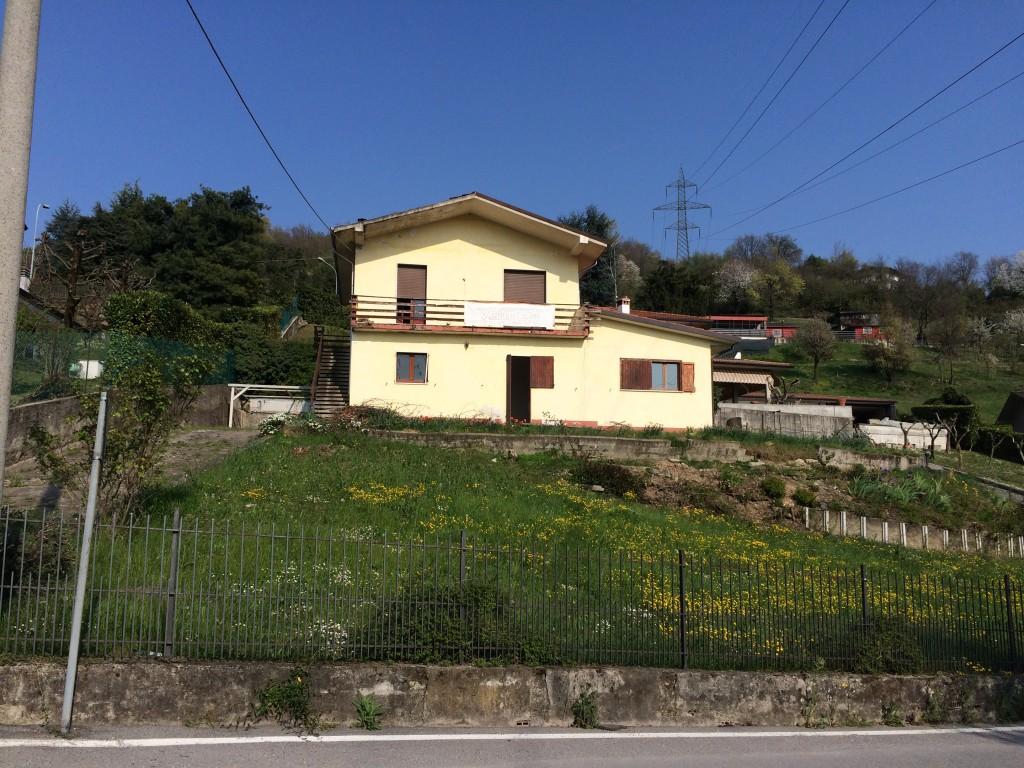 Villa singola zona panoramica – Capriolo